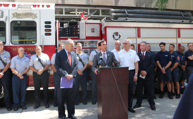 Senator Chuck Schumer, Mayor Noam Bramson, Fire Chief Lou DiMeglio, and UFFA President Pete Miley.