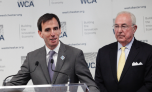 Mayor Noam Bramson with the WCA's Bill Mooney.